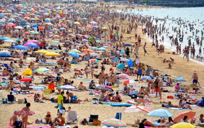 beach-654641_1920.jpg